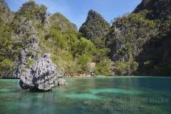 Inside Kayangan Lake cove, Coron Island, Calamian Islands, Palawan, Philippines.