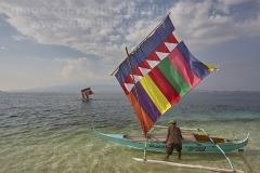 Vintas sailing at Santa Cruz Island, Zamboanga, Mindanao, Philippines.